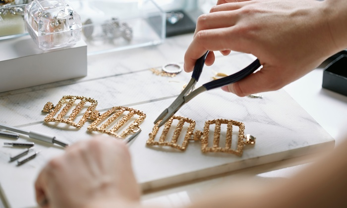 طراحی طلا و جواهرسازی